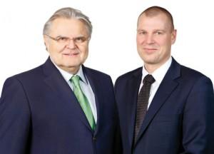 Geschäftsführer Hans-J. Kurz (l.) und Prokurist Detlef Witte