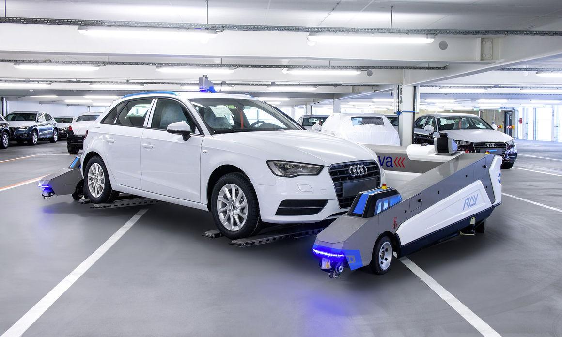 Wenn Auto und Parkroboter sich austauschen