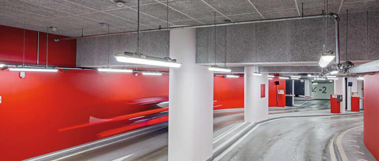 Der Frankfurter Römer und der Kaiserdom sind zwei der wichtigsten historischen Wahrzeichen Frankfurts. Hier spielt die Beleuchtung eine wesentliche Rolle. Vor drei Jahren entschied sich die Betreibergesellschaft für die Umrüstung auf LED-Technologie.