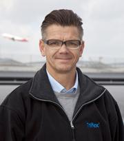 Triflex Gebietsverkaufsleiter Jörg Weigandt hat die Sanierung des Parkdecks von Anfang bis Ende betreut. Foto: Triflex