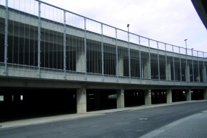 Zweigeschossiges Parkhaus am neuen Breslauer Stadion Foto: StoCretec GmbH