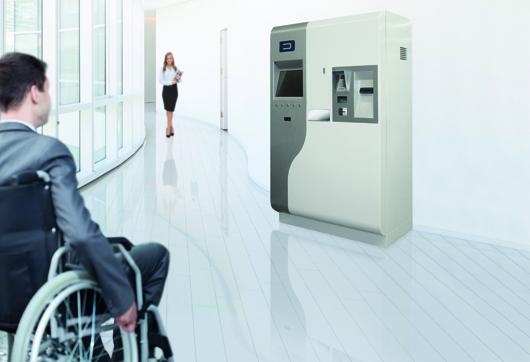 Barrierefrei: der neue Parkhaus Kassenautomat Pay EasyAccess von DESIGNA