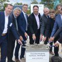 Baustart von neuem Flughafenparkhaus in Berlin